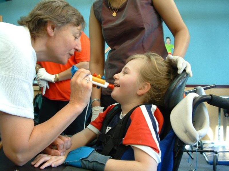 علائم گفتاری در افراد مبتلا به سی پی